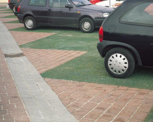 Græsarmering_Armeringsflise_Parkering1_Jordarmering.dk